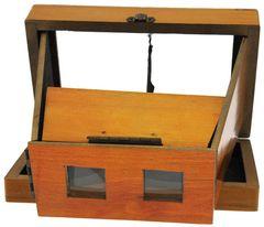 Inconnue - Visionneuse stéréo 8 x 17 pliante en bois miniature