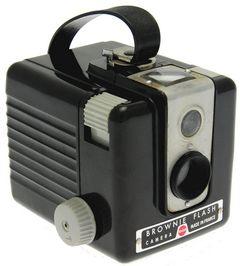 Kodak - Brownie Flash ''made in France'' miniature