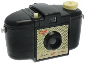 Kodak Ltd. - Brownie 127 1er modèle à façade croisillons
